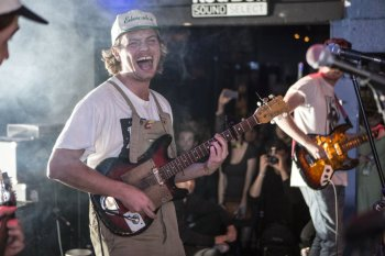 Mac-Demarco-Red-Bull-Sound-Selects-in-LA-Erik-VoakeRed-Bull-Content-Pool